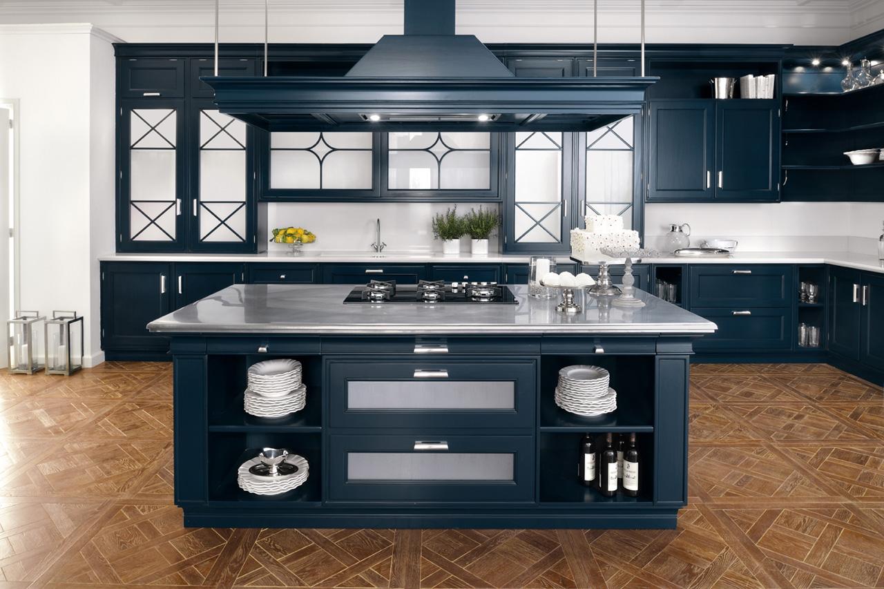 Кухня темно синяя из массива «Вивероне»
