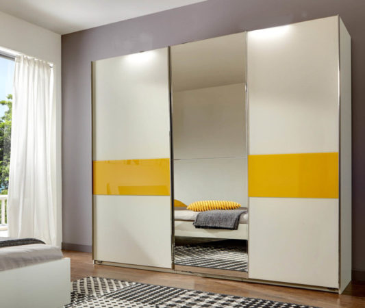 Шкаф-купе «Мирра» с яркими пластиковыми вставками и зеркалом