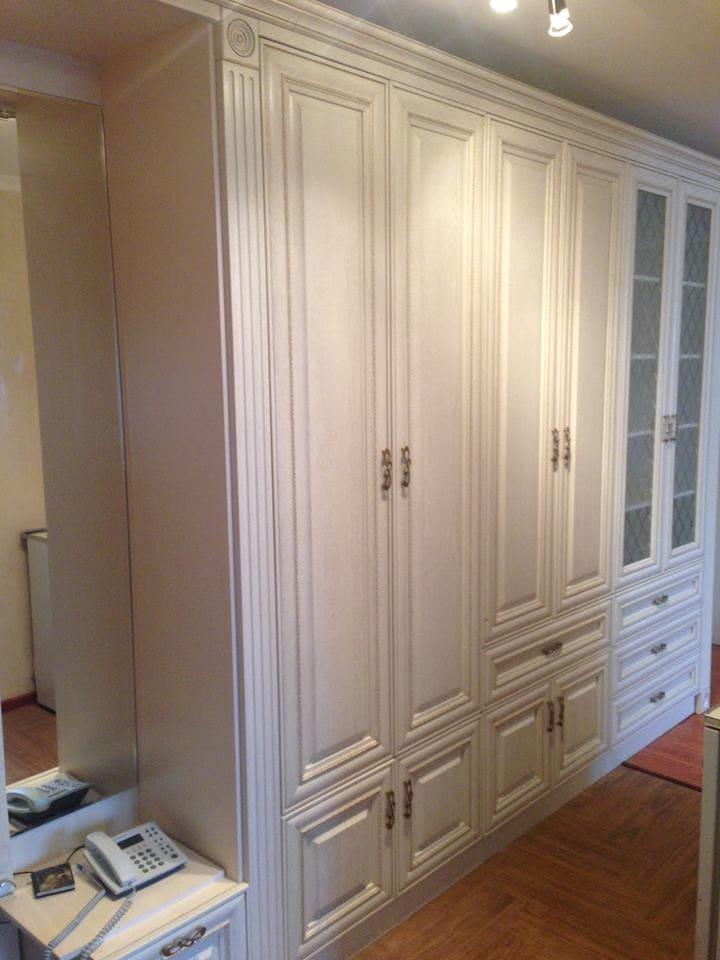 Шкаф в коридор и мебель в гостиную