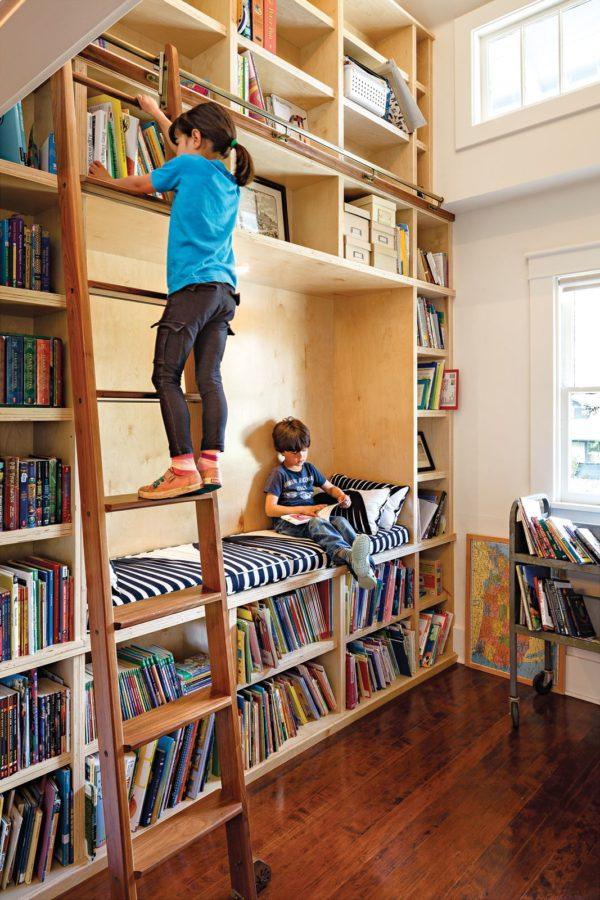 Мебель «Кристиан» для домашней библиотеки.