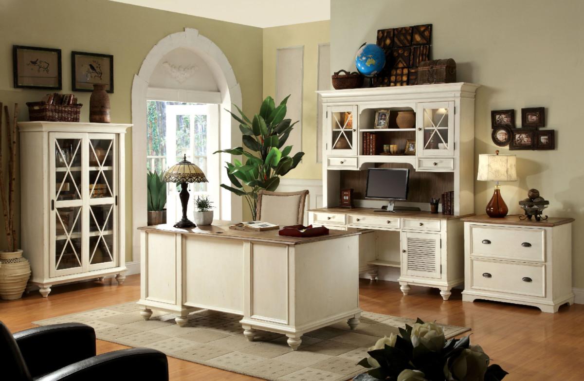 Мебельный комплект «Бельфам»